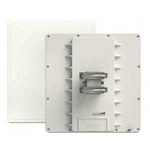 RB911G-5HPacD-QRT Mikrotik QRT 5 ac 24dBi 5GHz 802.11ac OSL4 Outdoor Flat Panel Antenna Dual Chain
