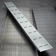 Metallic Cable tray